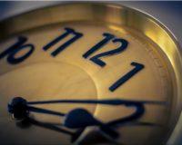 Intermittent Fasting: 4 Voordelen, Uitleg + 2 Mythes Over Afvallen